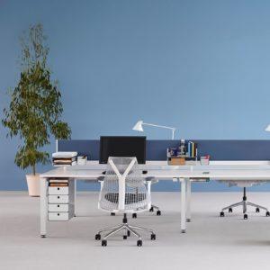 escritorio de oficina sense, de herman miller